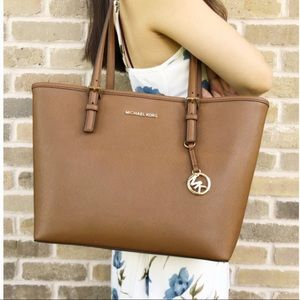 A brown tote, perfect for summer nights.